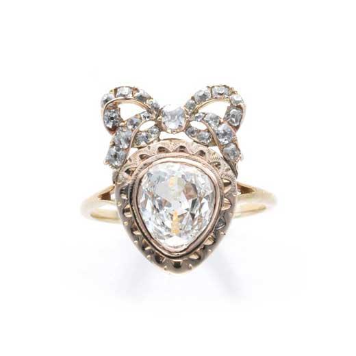 ハートシェイプダイヤモンドリング