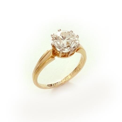 ビクトリア女王 ロイヤルクラウン ダイヤモンドリング