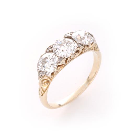 3ストーン ダイヤモンド リング